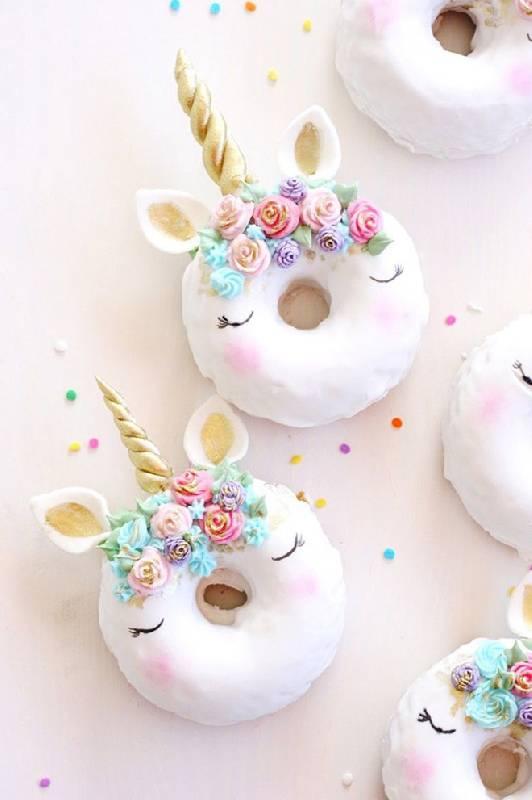 Gâteau de licorne Donuts